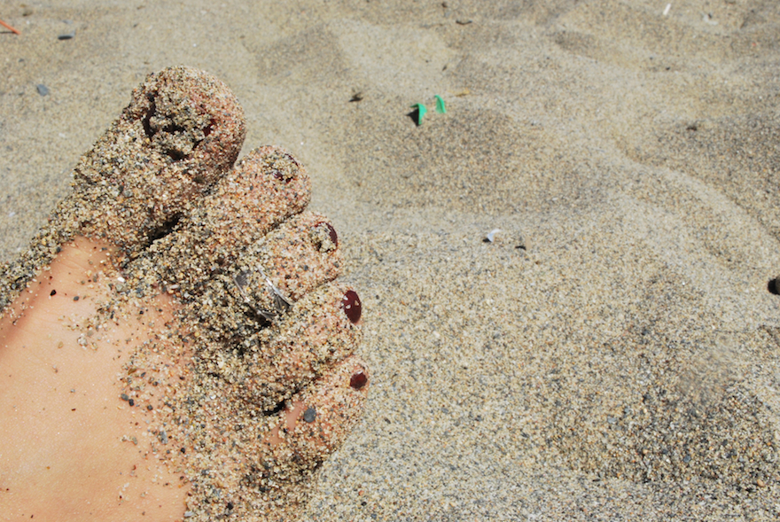 Sand Foot – Abstract