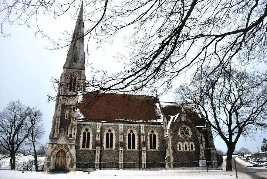 Gothic church&snow – Architecture