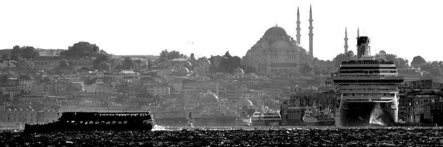 Ships&Mosques&Buildings – B&W