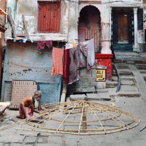 2018 - Man working in the streets of Varanasi - Varanasi, India